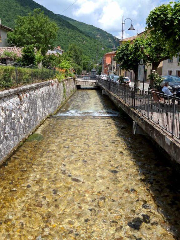 Corso d'acqua a Sefro